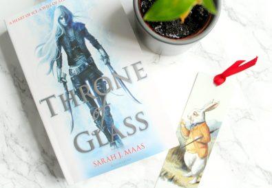 sarah j mass throne of glass book review