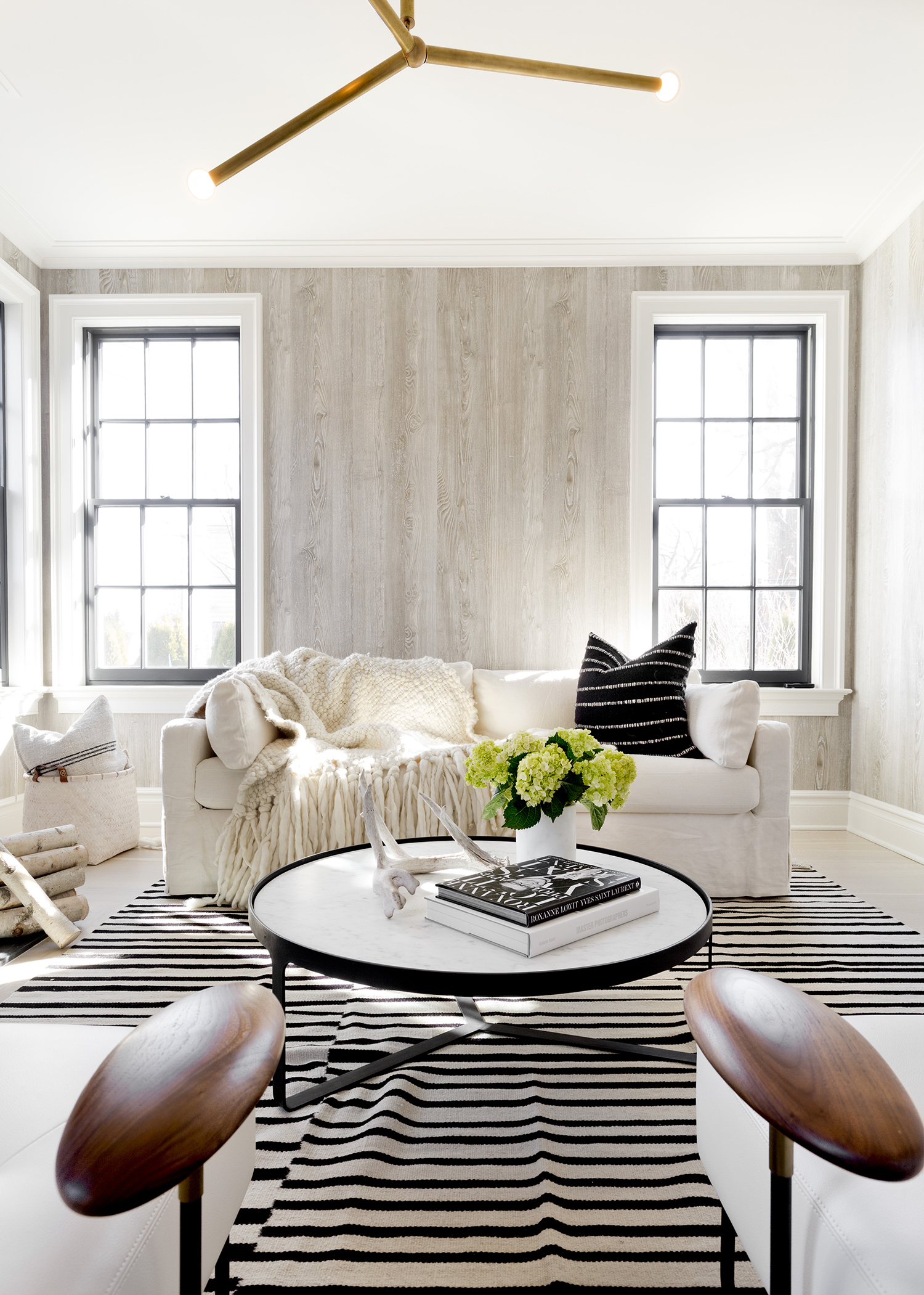 How to style a coffee table 1