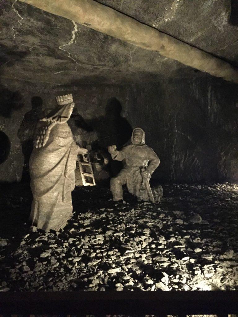 wieliczka-salt-mine-1