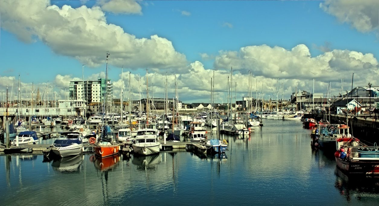 plymouth-1010808_1280