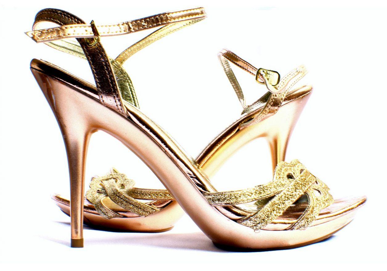sandal-669372_1280